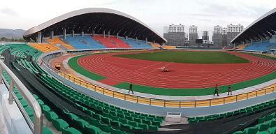 云南省宜良体育馆混合型塑胶跑道